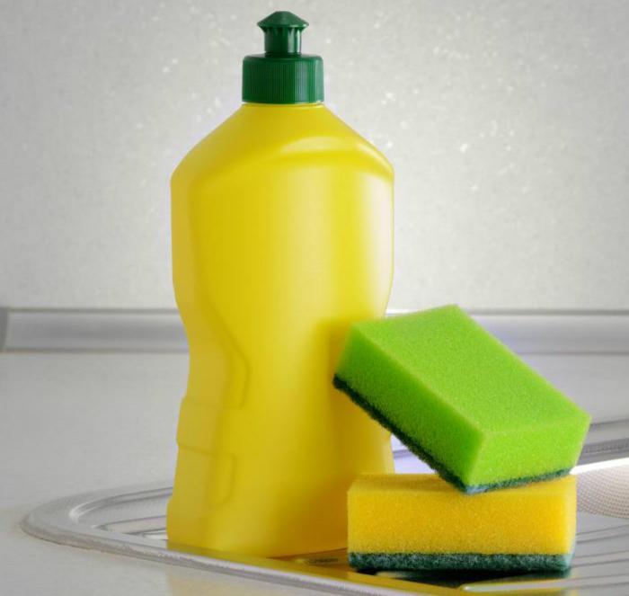 Hóa chất rửa bát không rõ nguồn gốc